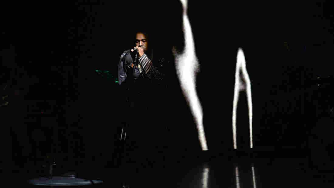 """Kanye West performing """"Black Skinhead"""" on Saturday Night Live last weekend."""