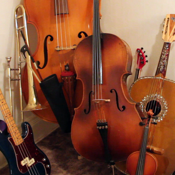 Jherek Bischoff's assortment of instruments.