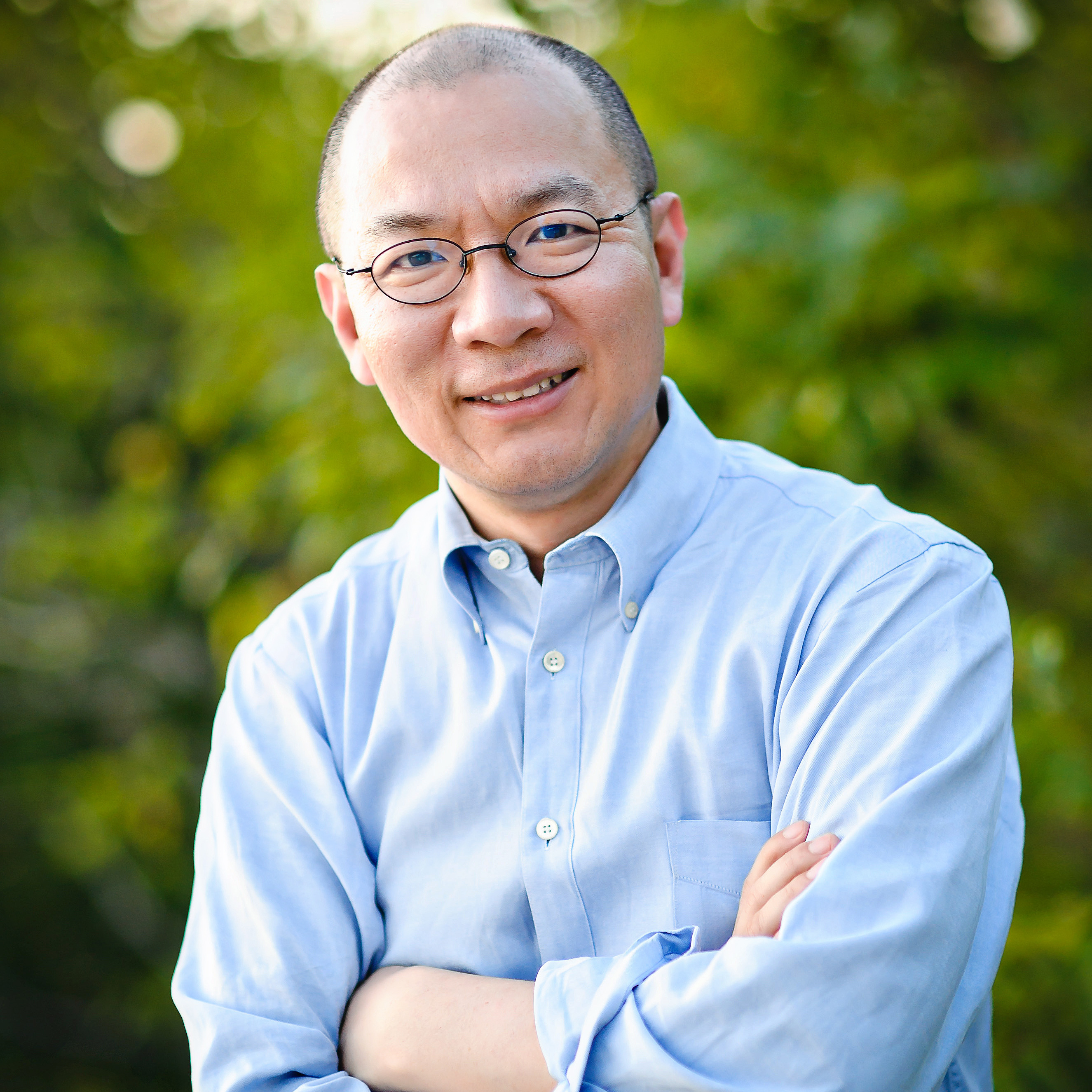Wenguang Huang is a writer, journalist, translator and author of the memoir The Little Red Guard.