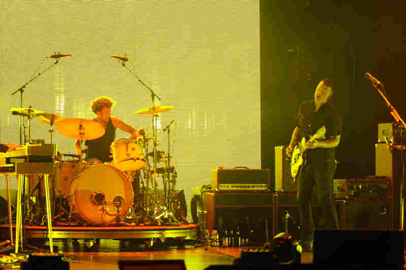"""In addition to the new material, the band performed older favorites, such as """"No One Knows,"""" """"Kalopsia,"""" and """"A Song For The Dead."""""""