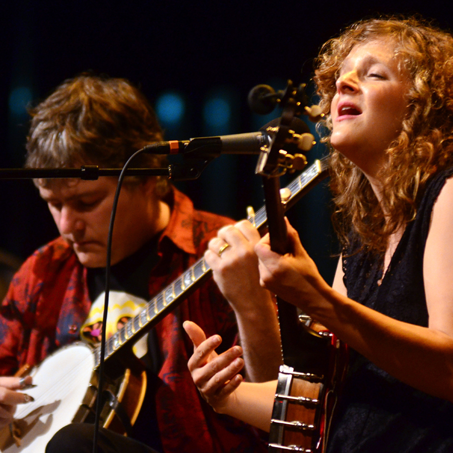 Bela Fleck and Abigail Washburn.
