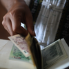 hands and money