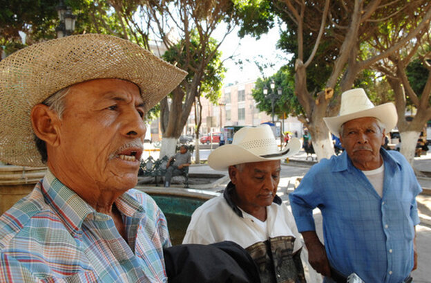 Los Cardencheros De Sapioriz, a group that keeps the canto cardenche tradition alive.