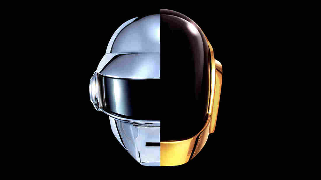 Daft Punk's album Random Access Memories sold 339,000 copies in its first week in stores, the second highest total for any  new album in 2013.