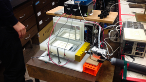 This device uses lung cells to check the air for smog components that hurt human health.