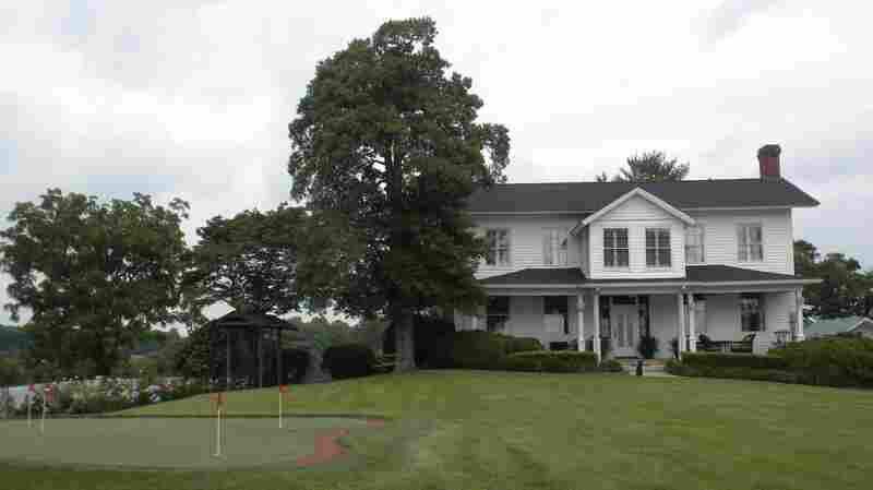 Chang Bunker's farmhouse in Mount Airy, N.C.