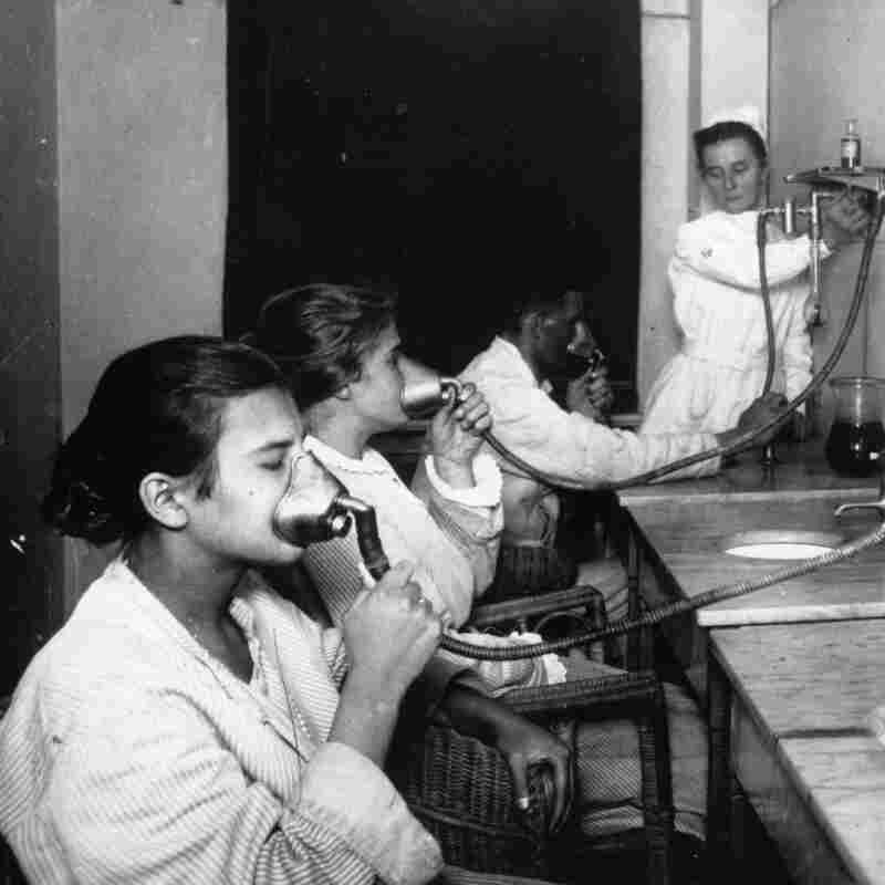 Kids receive treatment at a tuberculosis clinic in Friedrichstadt, Germany, circa 1925.