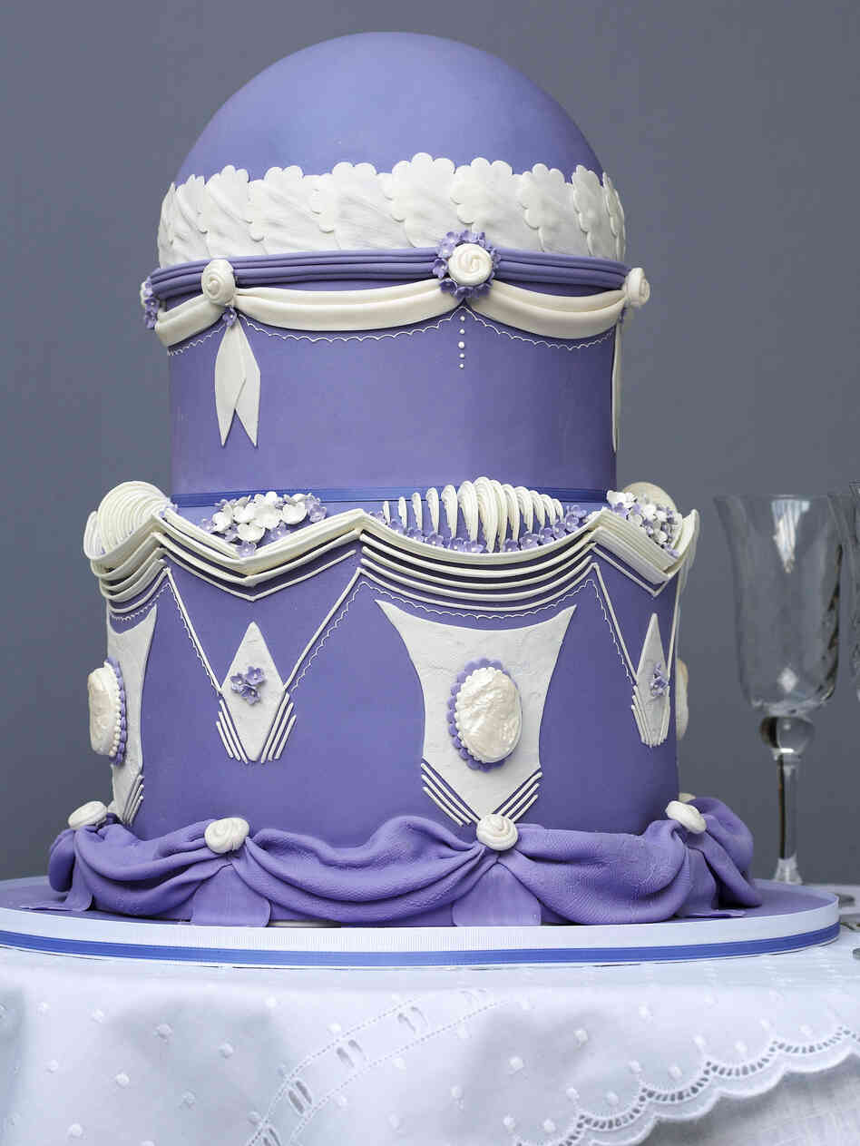 "The ""Victorian-Styled Cake"" as pictured in Wedding Cake Art and Design."