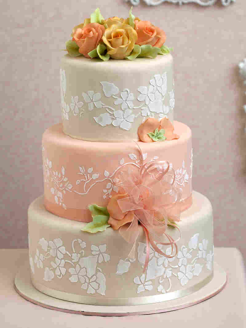 "The ""Peaches and Cream Cake"" as pictured in Wedding Cake Art and Design."