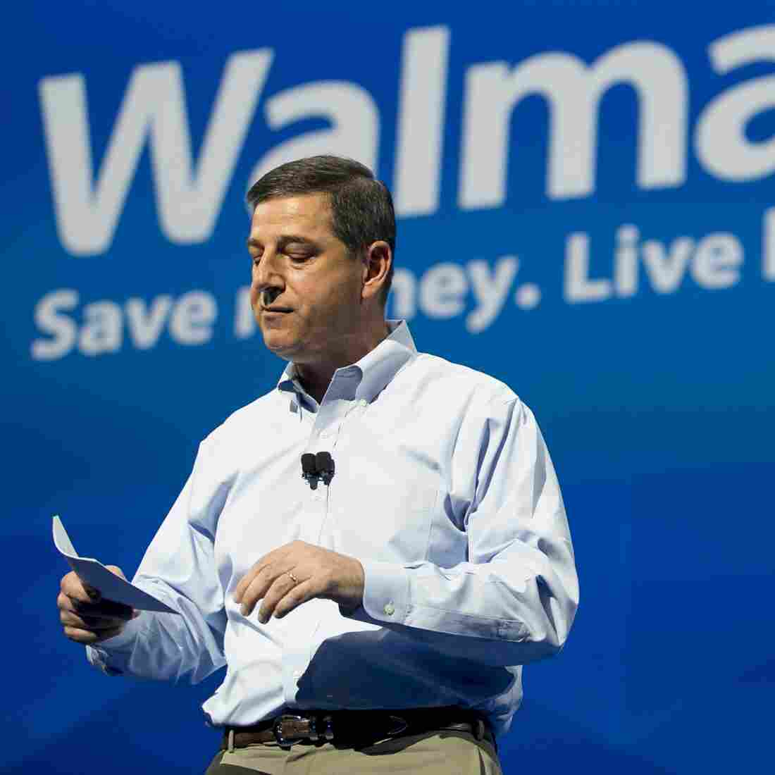 Wal-Mart Meeting Spurs Protests Over Low Pay, Safety Issues