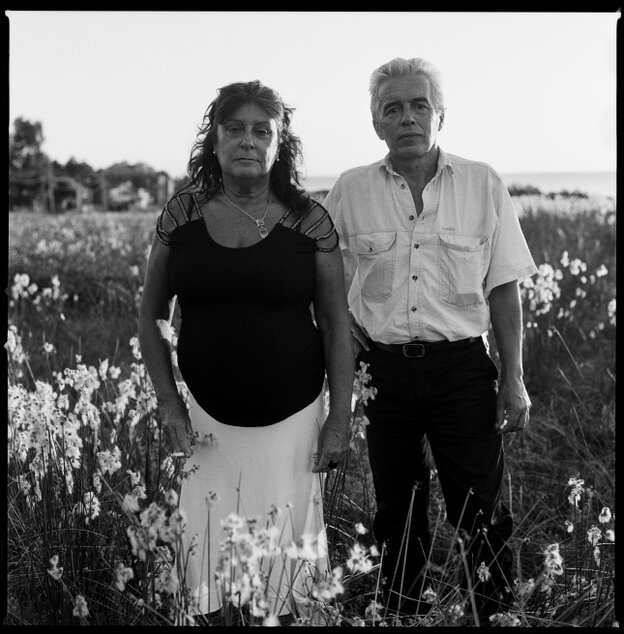 Alicia Cadenas and Ariel Soto sought exile in Argentina after the dictatorship took power in Uruguay in 1973. They were both kidnapped in 1976 during Operation Condor, were interrogated in a concentration camp, smuggled by the military back to Uruguay, and spent more than two years in jail before seeking exile in Sweden. They divorced in 1985 and decided to get back together 25 years later.