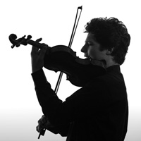 Three of today's most fascinating violinists have new albums, including Augustin Hadelich, who pairs off with Spanish guitarist Pablo Sáinz Villegas.
