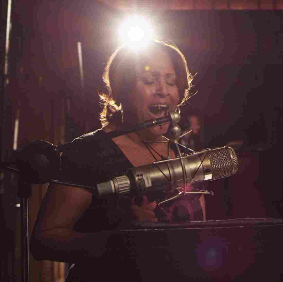 Spotlighting Background Singers In 'Twenty Feet From Stardom'