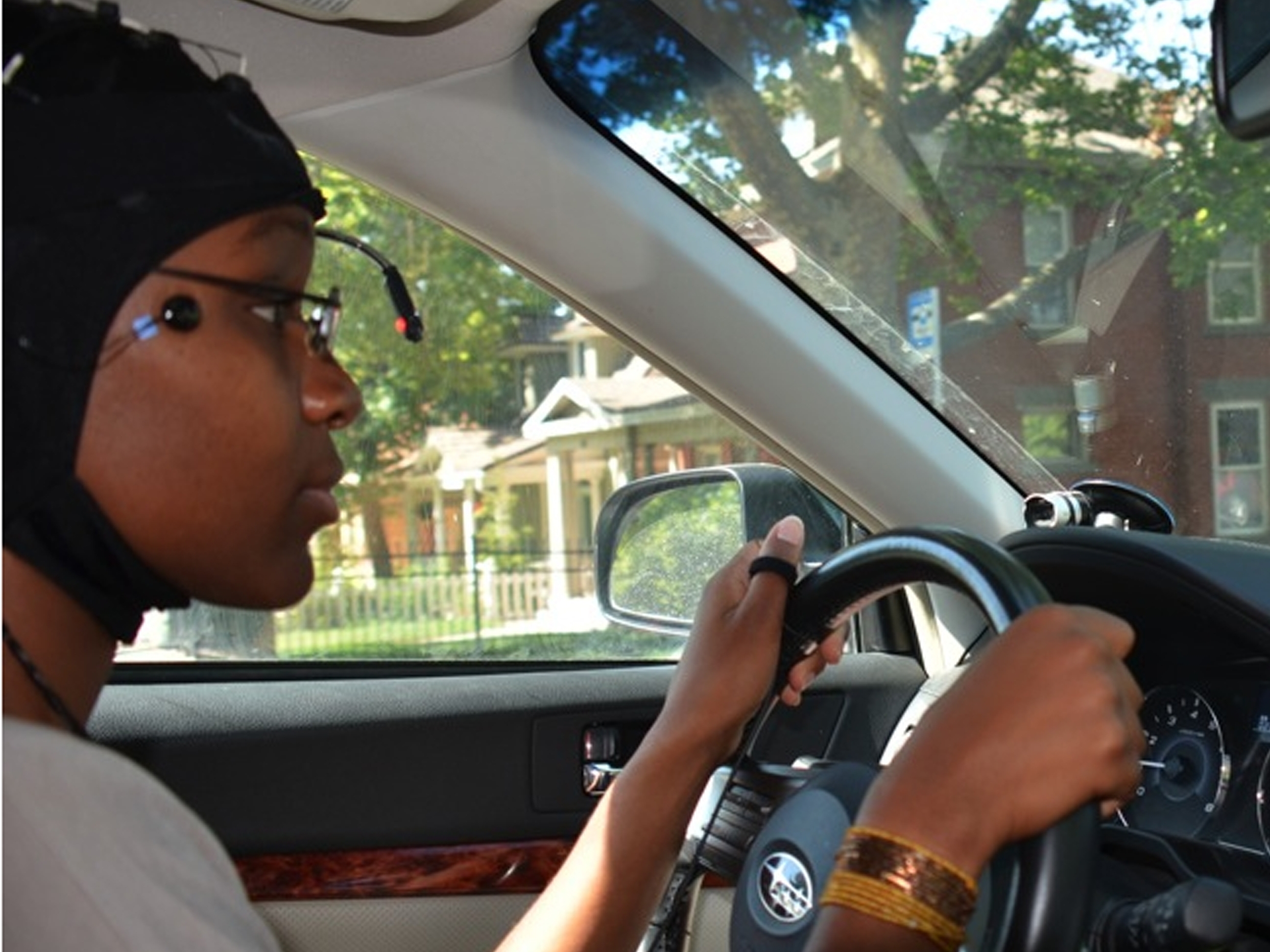 Hands Free Gadgets Don T Mean Risk Free Driving Ncpr News