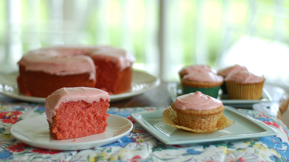 Jeremy Jackson wanted to rethink his grandma Mildred's famous Strawberry Cake recipe, which uses boxed cake mix and Jell-O. His updated cupcake version is shown on the right.