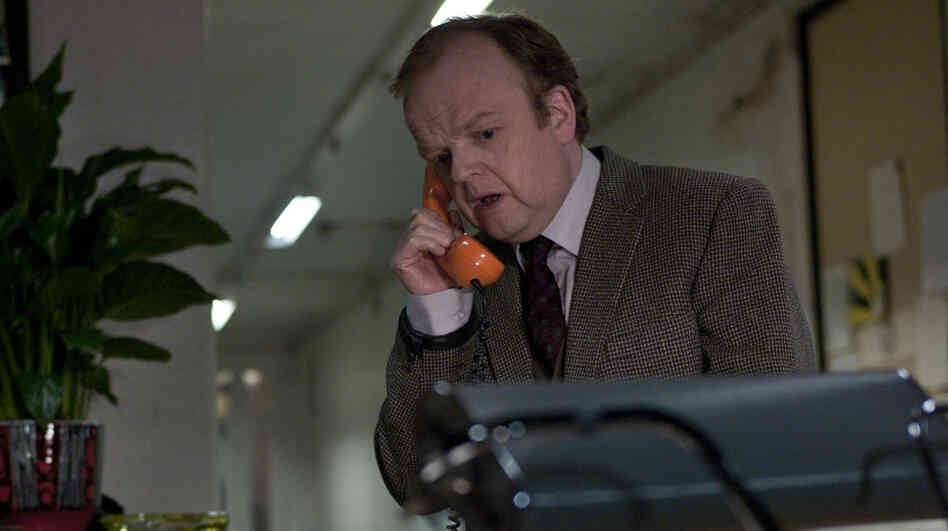 Toby Jones plays a solitary sound engineer working night shifts in Berberian Sound Studio, a cunningly structured, deftly executed love letter to the gory Italian scarefests called giallos.