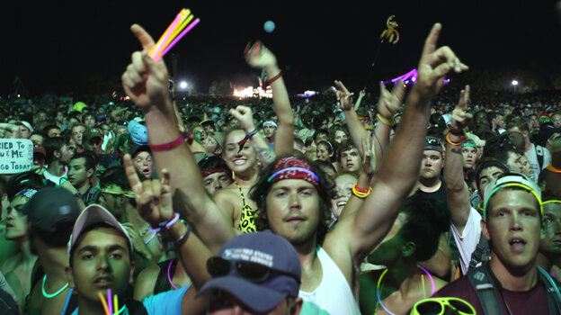 If you're going to Bonnaroo this weekend, as these folks did back in 2010, you could use a few tips.