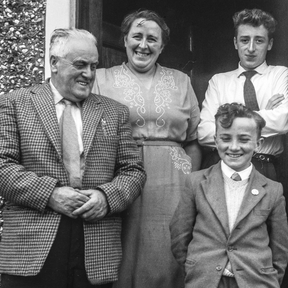 Bobbie (upper right) with his family in Northern Ireland. (Courtesy of the Hanvey family)