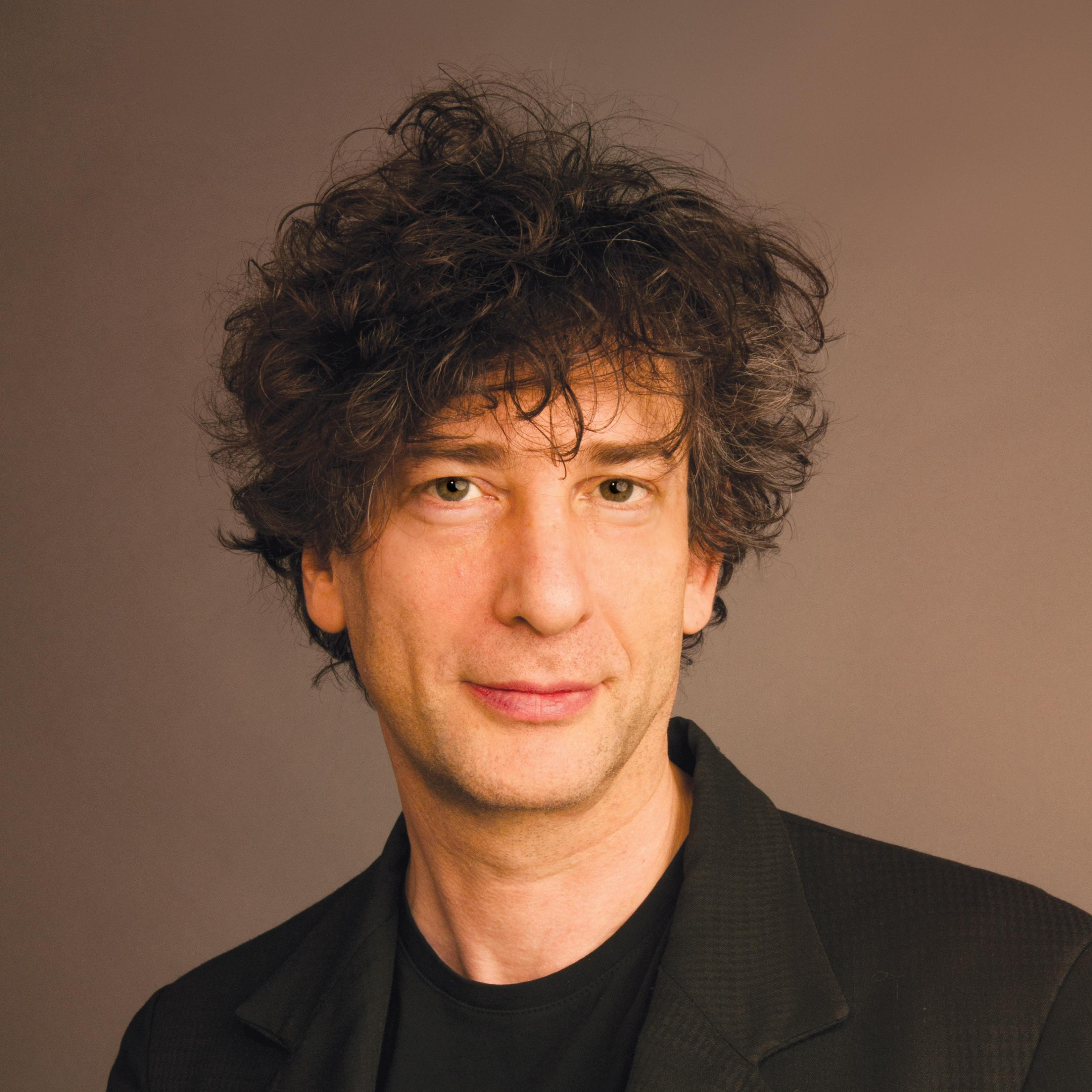 Neil Gaiman lives in Cambridge, Mass., with his wife, musician Amanda Palmer.