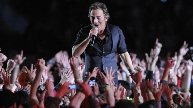 Bruce Springsteen performs during halftime of the Super Bowl in Tampa, Fla., in 2009. In music, and increasingly in other industries, a relative handful of top performers take more and more of the spoils, says White House chief economist Alan Krueger. (AP)