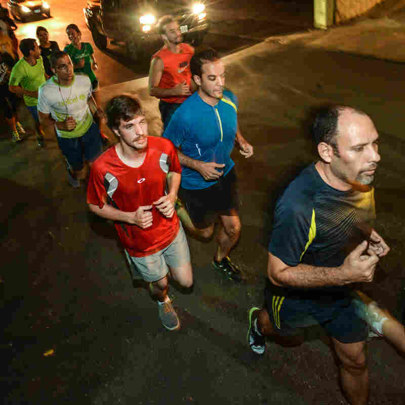 Venezuelan Joggers Find Safety In Numbers