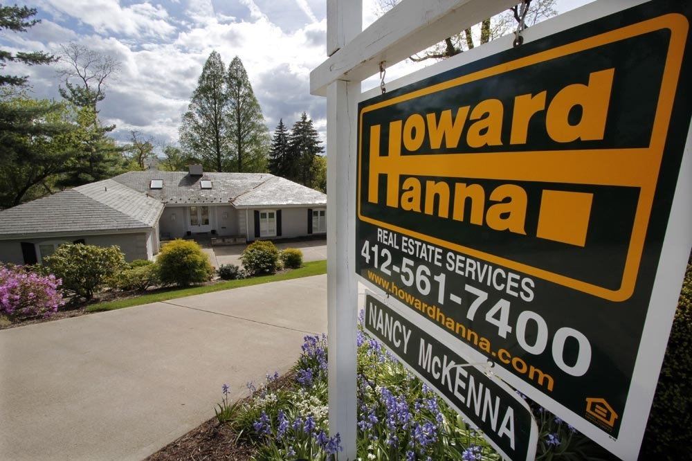 Housing Market Watchers Edgy As Mortgage Rates Keep Climbing