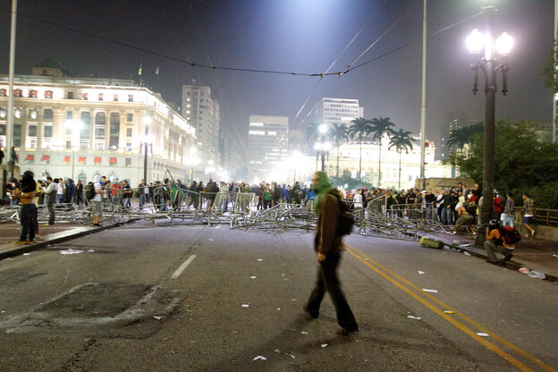 Students block an avenue in São Paulo, Brazil, on Tuesday night, during a protest against a recent rise in public bus and subway fare.