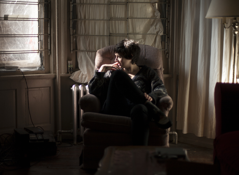Katie Crutchfield of Waxahatchee relaxes in the west Philadelphia house where her second album, <em>Cerulean Salt</em>, was recorded.