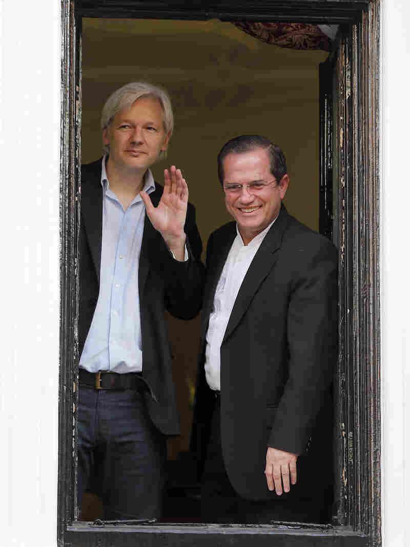 WikiLeaks founder Julian Assange (left) and Ecuadorian Foreign Minister