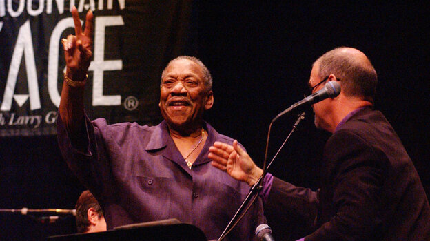 """Bobby """"Blue"""" Bland and Larry Groce during the blues singer's appearance on Mountain Stage in 2003."""
