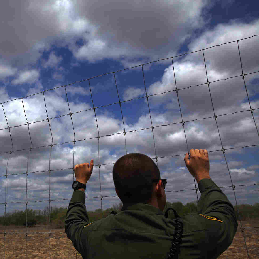Extra Border-Security Spending Entices GOP, Raises Eyebrows