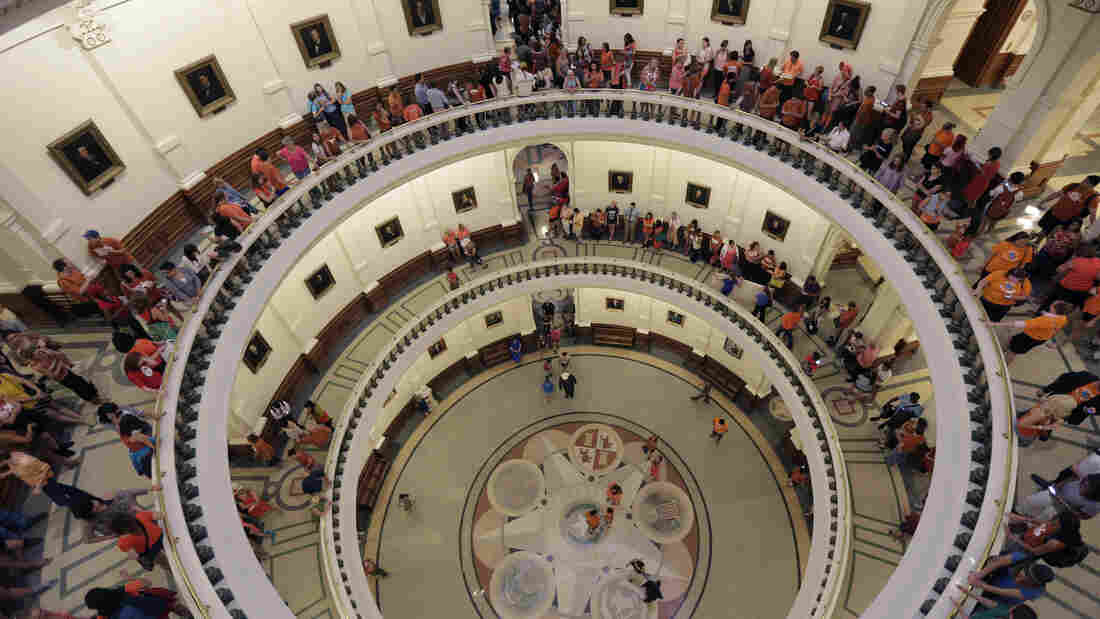 The line to enter the Senate chamber spills into multiple levels of the Texas Capitol rotunda as state Sen. Wendy Davis filibustered an abortion bill in Texas.