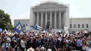 Supreme Court Extends Gay-Marriage Rights With Two Rulings