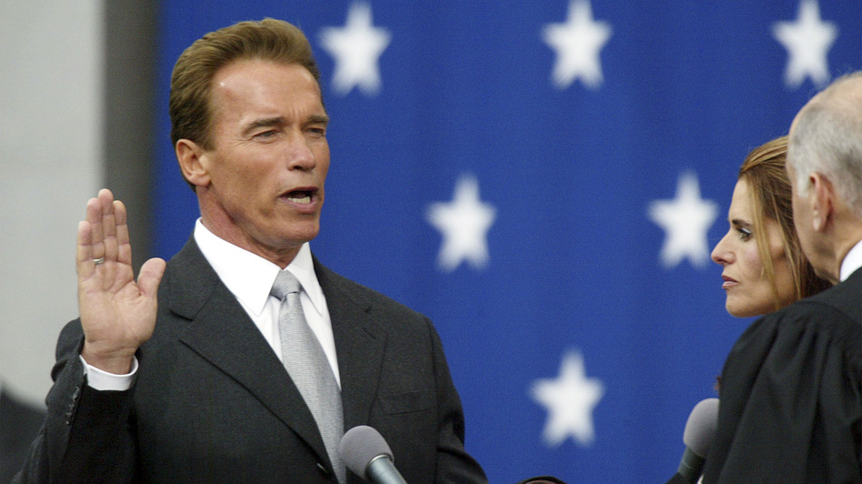 Republican Arnold Schwarzenegger won back the governor's office in a historic recall election in 2003. But Schwarzenegger didn't seem interested in building up the rest of the party. (AP)