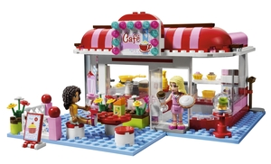 The Lego Friends can kick back in a cafe and have something to drink.