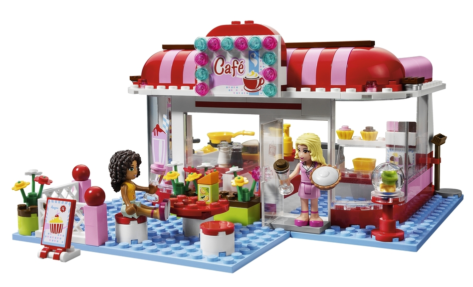 The Lego Friends can kick back in a cafe and have something to drink. (Lego)