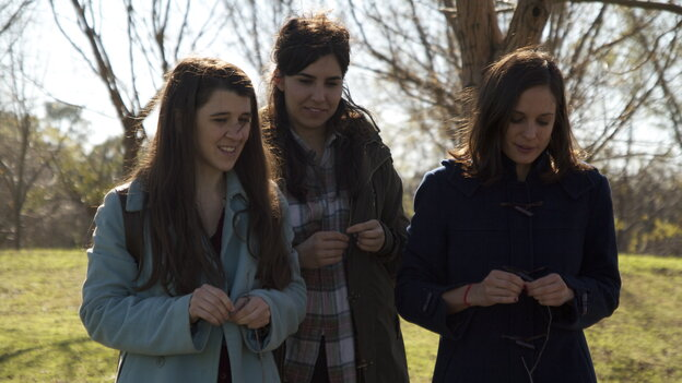 Chance encounters bring Viola (María Villar), Cecilia (Agustina Muñoz) and Ruth (Romina Paula) together in Viola, a lighthearted riff on Shakespeare from Argentine director Matias Piñeiro.
