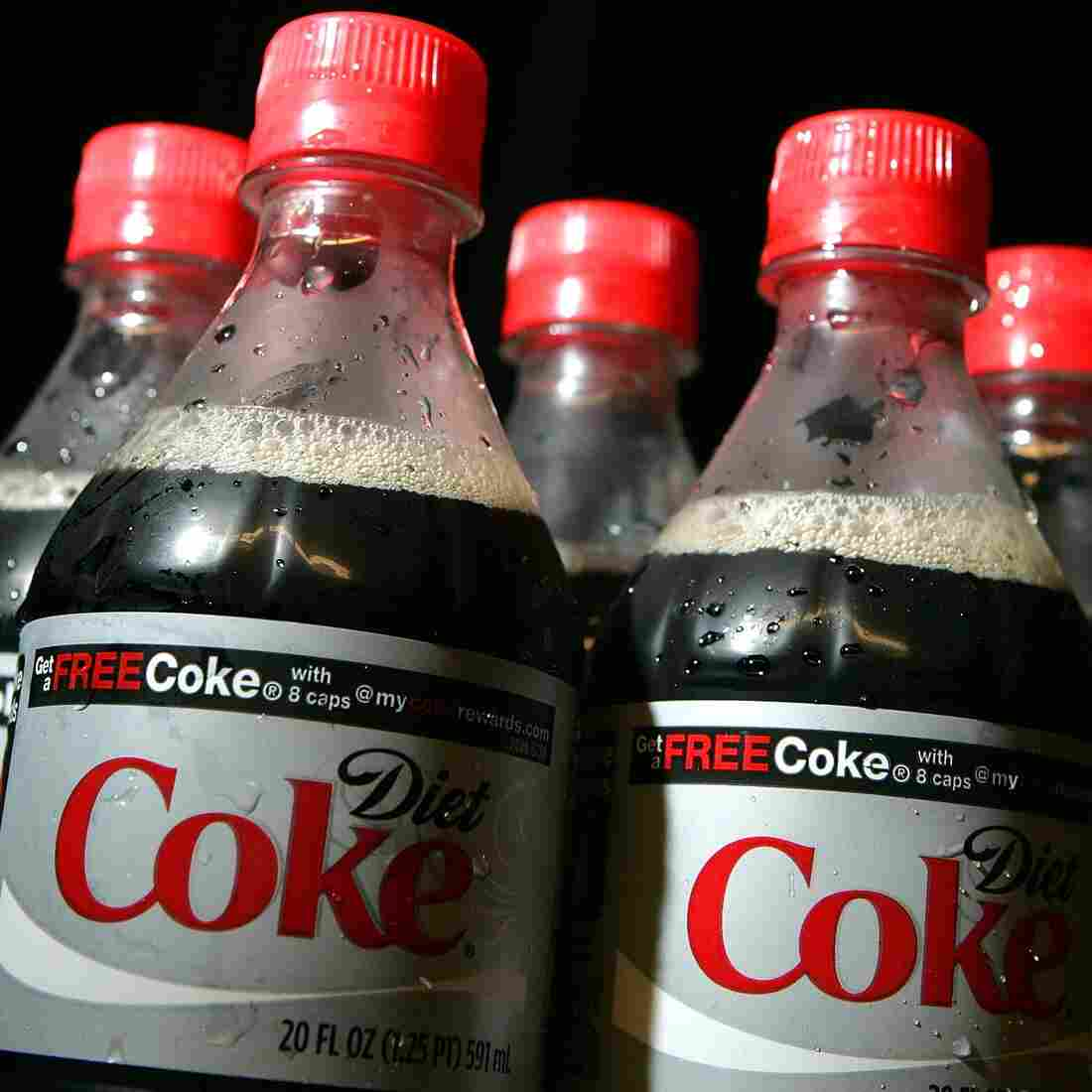 Do Diet Drinks Mess Up Metabolisms?