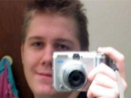 Teen Jailed For Facebook Post Expresses Regrets