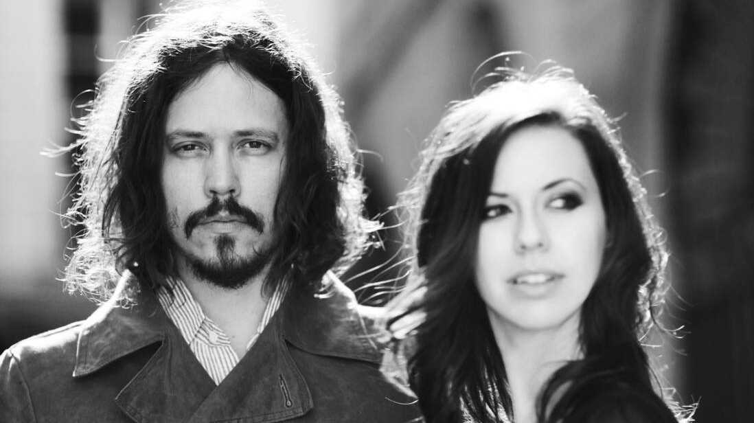 Watch The Civil Wars Live Up To Their Name In A Behind-The-Scenes Video