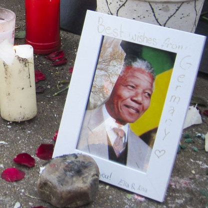 Well-wishers have gathered outside of Nelson Mandela's hospital to offer their support.