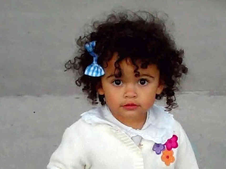 "This October 2011 photo of ""Baby Veronica,"" provided by her adoptive mother, Melanie Capobianco, shows Veroni"