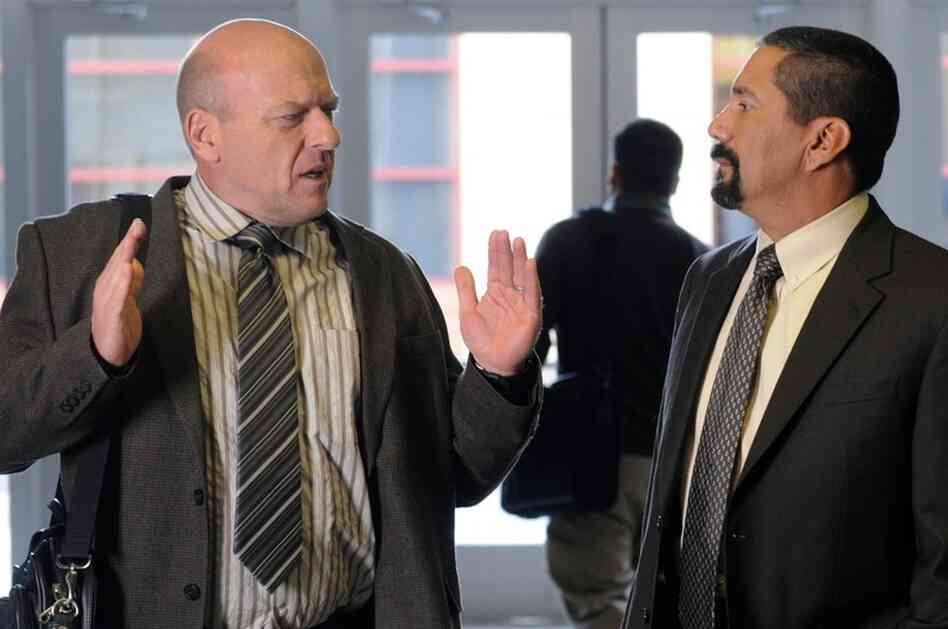 Hank Schrader (Dean Norris) and Steven Gomez (Steven Michael Quezada) — Breaking Bad — Season 5, Episode 2.