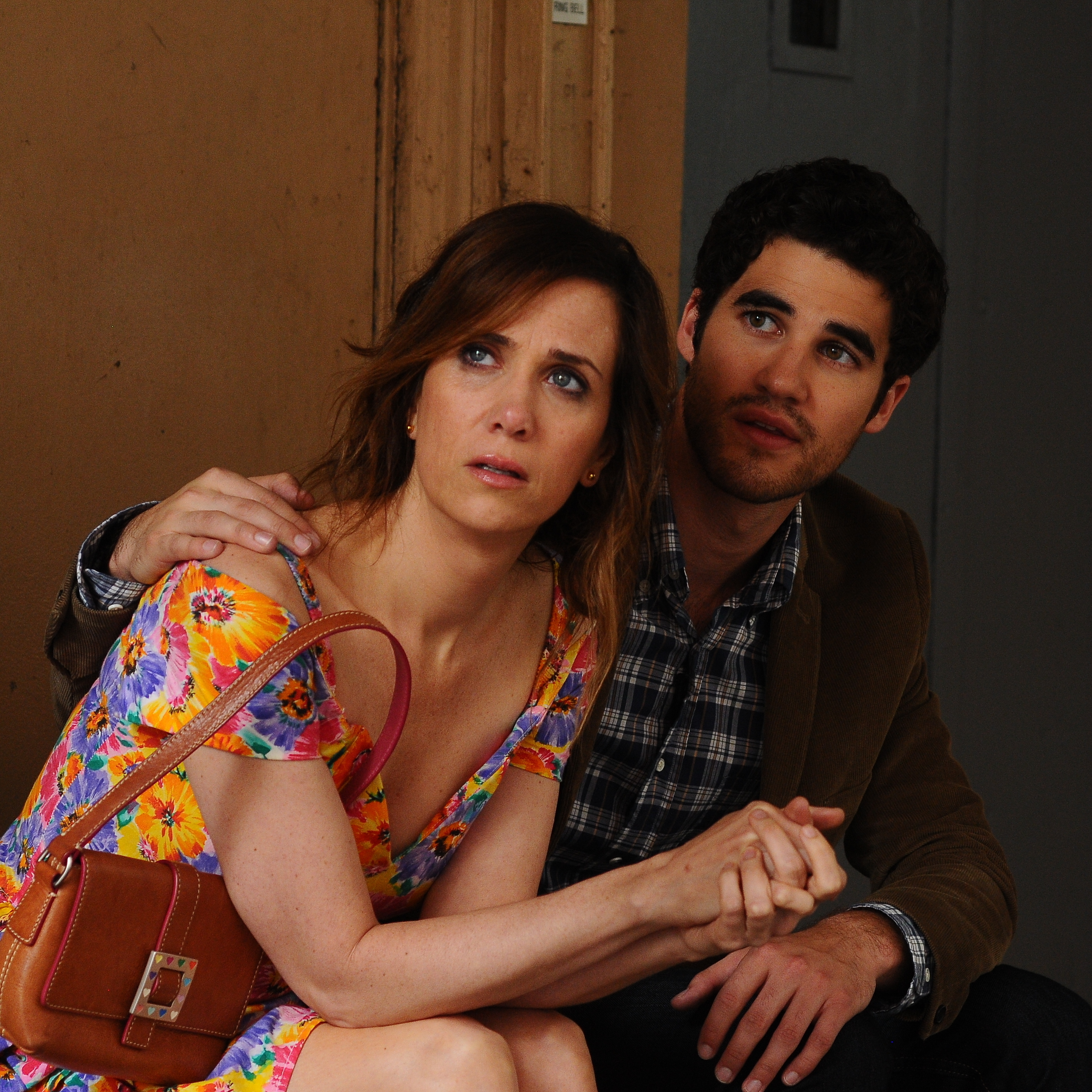 Lee (Darren Criss) is an aspiring musician who's rented a room in Imogene's childhood home -- which makes for some awkwardly overcrowded moments.