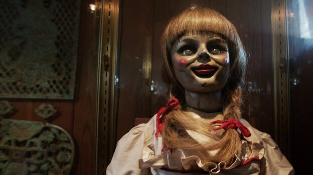 Conjuring Scares: James Wan's latest genre entry serves up familiar horror tropes with enough style and facility to result in something shiver-inducingly fresh.