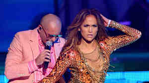 Pitbull and Jennifer Lopez recently performed on Univision's Premios Juventud.