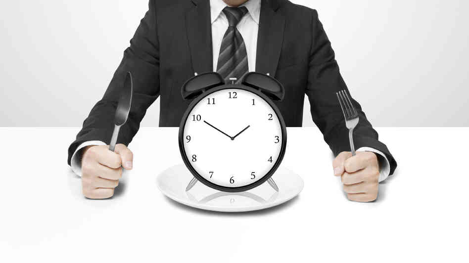 The time of day you eat really does make a difference when it comes to health outcomes.