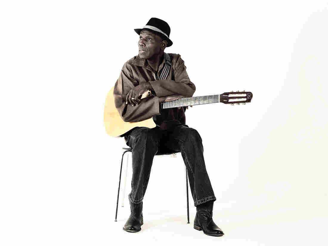 Zimbabwean musician Oliver Mtukudzi.