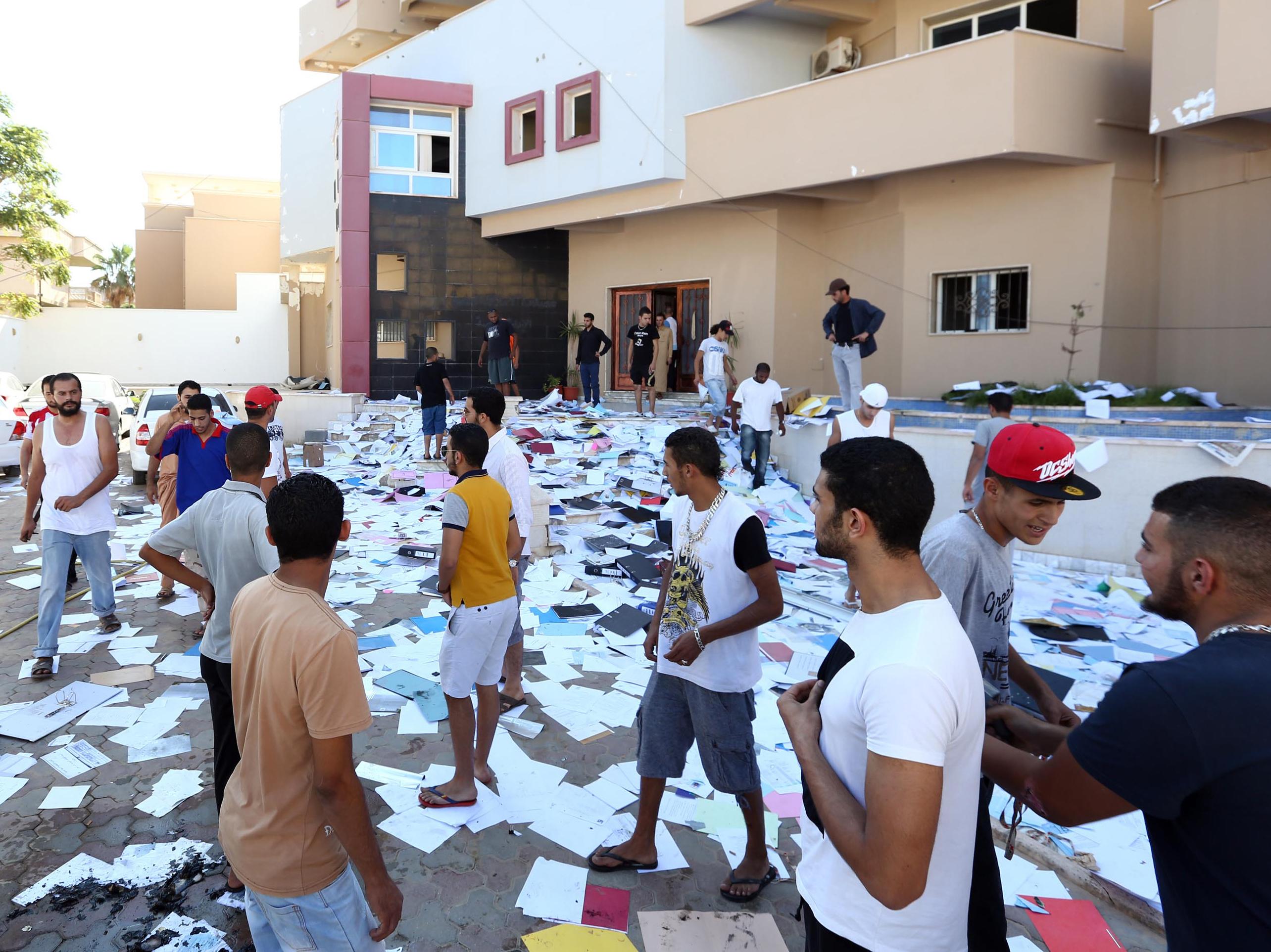 More Than 1,000 Prisoners Escape In Massive Libyan Jailbreak