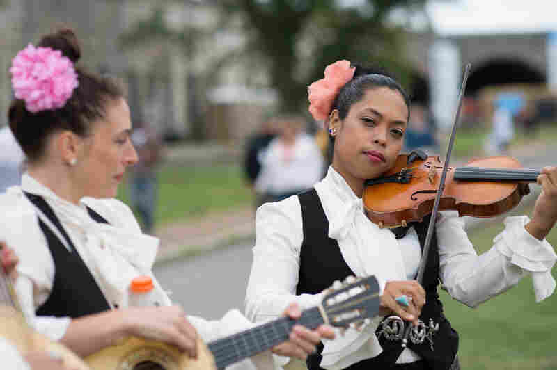 Mariachi Flor de Toloache are the Newport Festival house — er, grounds — band all weekend.
